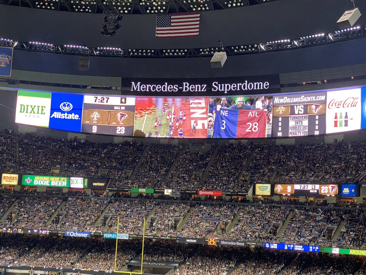 Saints troll Falcons with 28-3 Super Bowl highlights … while losing