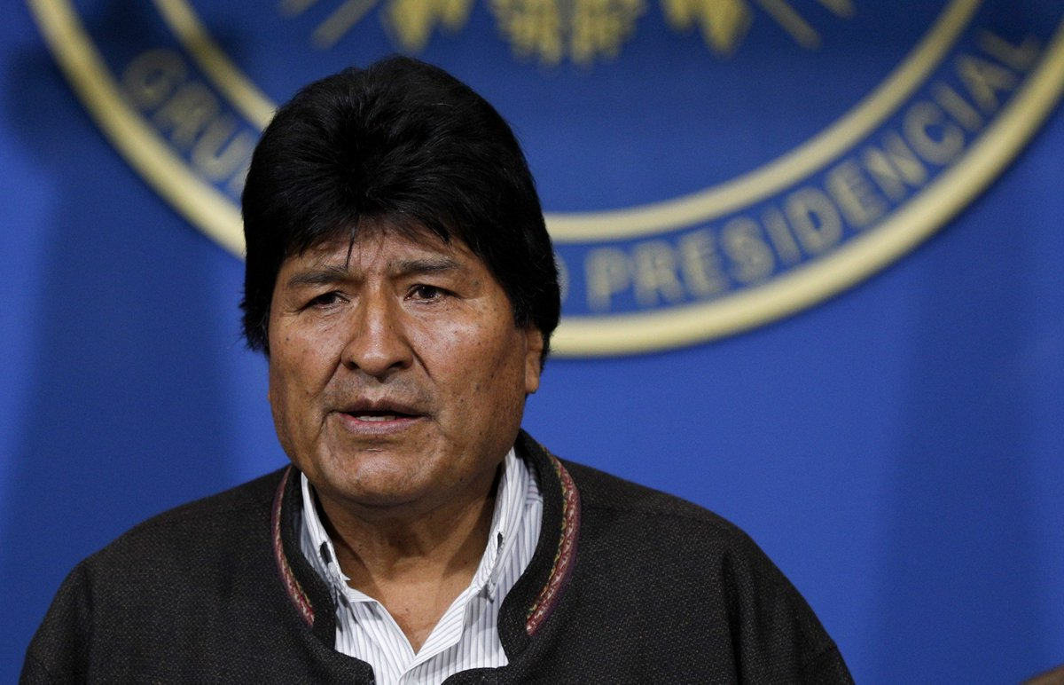 Crisis in Bolivia deepens as military asks Morales to resign - Top Tweets Photo