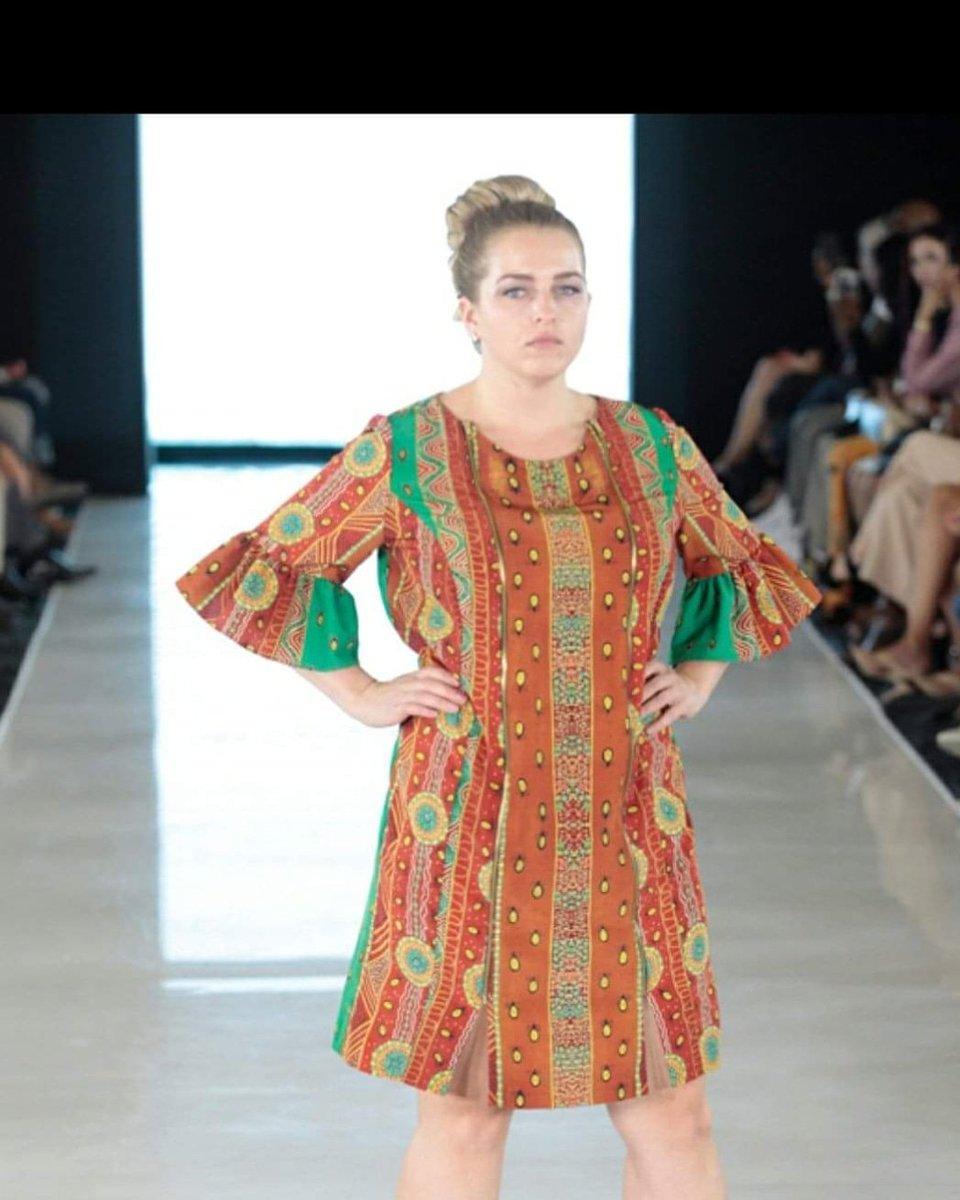 @buluuy_mirrii  #designerbuluuymirrii  #colleentighejohnson  #gomeriestories #gomeroi  @PlitzsFashionPR @tinnpoy #Artistannjohnson  #fashion #NewYorkCity #pnfw #fashion #nycfw #ny #nyc #nycf #TimesSquare https://t.co/uKKl9dakI0