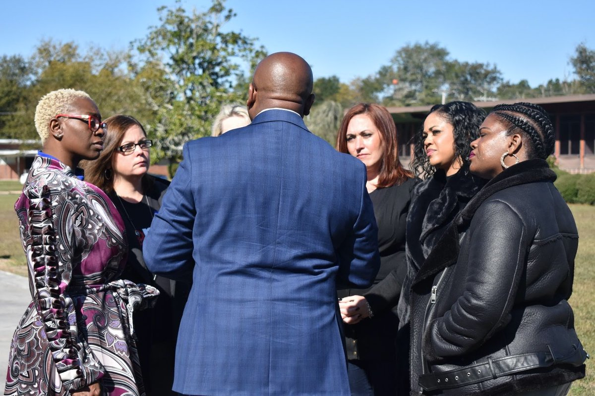 Our campaign is strong because of the guidance and leadership of women like @NinaTurner, @DrDooleyMD, @amy4thepeople, @paulajean2020 and @CoriBush. They are on the ground in South Carolina this weekend building the movement for Medicare for All.