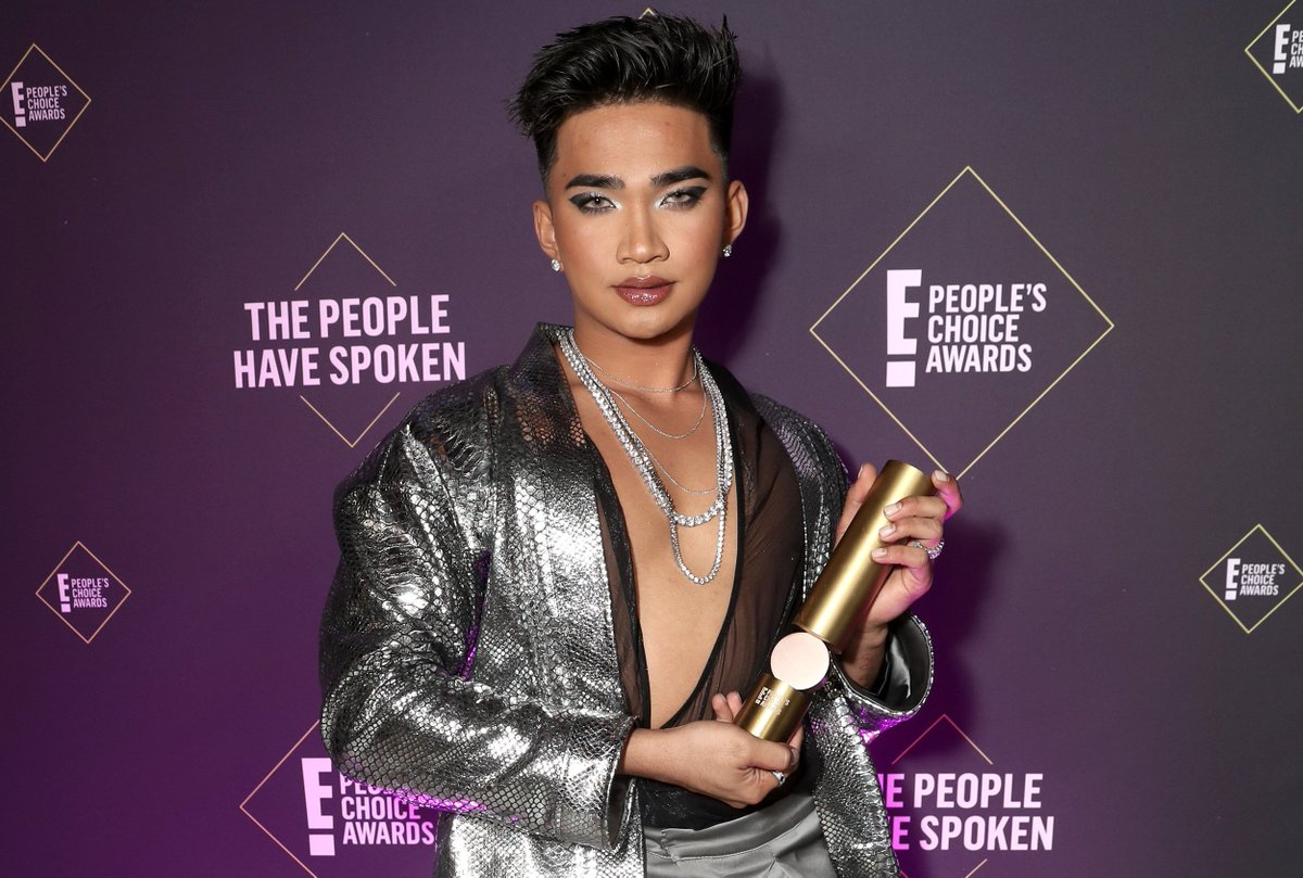 Doing the least, looking the most, now with some new bling to show off. #PCAs Beautify Influencer of 2019 is @bretmanrock 👏
