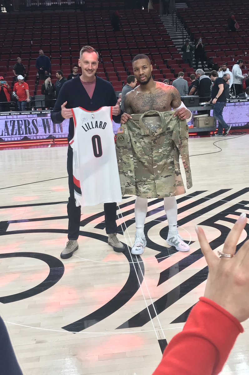 . @Dame_Lillard with the jersey swap after the game. With a very meaningful twist. #RipCity #veteransday #MilitaryAppreciation