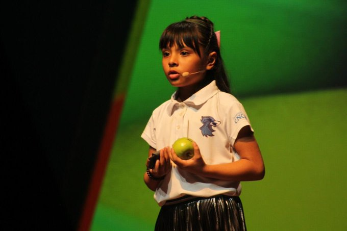 8 Year Old Mexican Girl Who Got Bullied Has Higher IQ Than Einstein