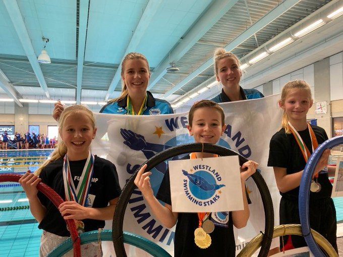 Westland Swimming Stars in de prijzen https://t.co/AAr8UpzUyu https://t.co/BDtoVVhmPi