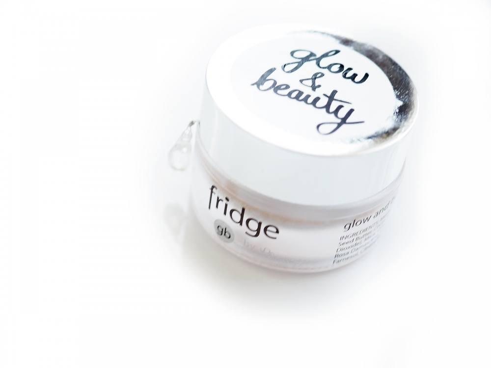 Fridge rozświetlacz glow & beauty - naturalne piękno dla Ciebie i dla mnie  https://deliciousbeauty.pl/fridge-rozswietlacz-glow-beauty/  … Fridge rozświetlacz glow & beauty - naturalne piękno dla Ciebie i dla mnie #fridge  #rozświetlacz  #naturalnekosmetyki  #naturalnymakijaż