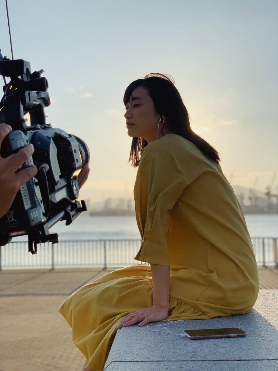 test ツイッターメディア - WEAVER 「海のある街」MVに出演しています🐳  1日神戸で色んなロケーションで撮影し、東京ではファンの皆さんとご一緒させて頂きました。 是非、ご覧下さい! https://t.co/n3nX7JvoqK #WEAVER #海のある街 @WEAVER_STAFF https://t.co/YGWN4PdG0a