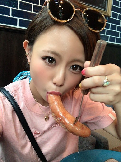 AV女優の自撮りエロ画像9