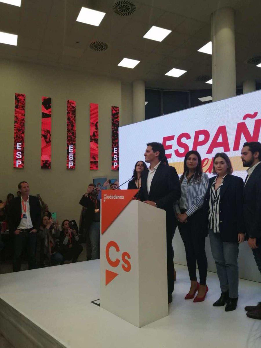 POLÍTICA | Albert Rivera convoca a la Ejecutiva para decidir el futuro de Ciudadanos. Por @clarabarcelox  #eleccionesgenerales10N   https://www.timejust.es/politica/albert-rivera-convoca-a-la-ejecutiva-para-decidir-el-futuro-de-ciudadanos/  …