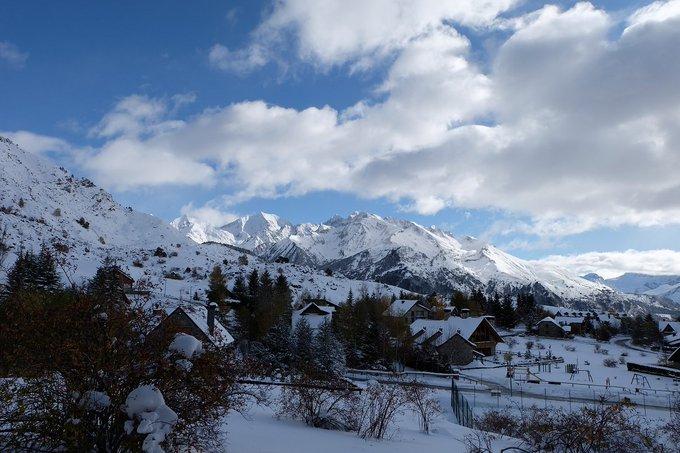 [NUEVO REPORTAJE]  Valle de Tena-Portalet, 9/11/2019  https://t.co/ERpHsiDU60