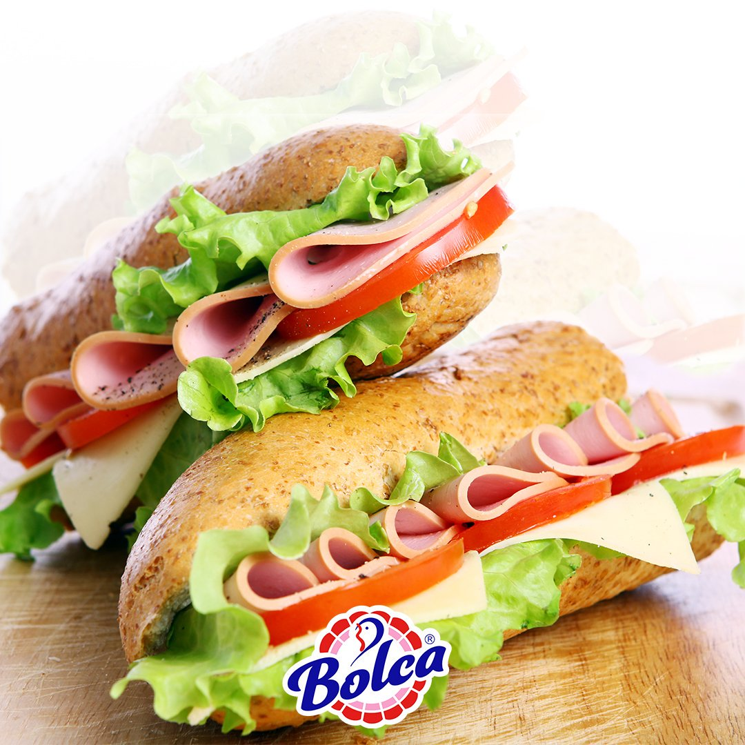 Hindi salamlı sandviçlerimiz çok doyurucu olmakla beraber, içindeki triptofan sayesinde dalga dalga yayılan bir mutluluğa dönüşüyor.  #tamprotein  #bolca  #hindi  #sağlıklıbeslenme  #kolestrol  #diyet  #spor  #protein  #lezzetli  #besleyici  #saglıklı  #bolcahindi   #sandviç
