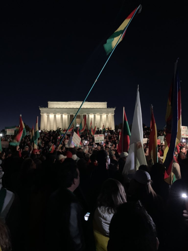 This was how BOLVIVIANS rallied against the dictator in DC. Please get your facts straight your ignorance is showing #peoplesresistancenotacoup <br>http://pic.twitter.com/8AK2GCEFRW