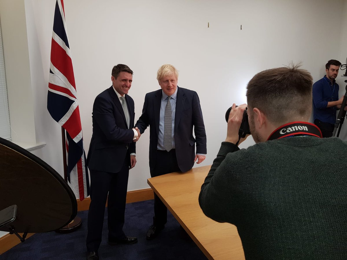 I know @Ben_Everitt, hes a top guy and the excellent @Conservatives candidate for Milton Keynes North, but who is the bloke hes shaking hands with? 😉