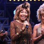 Image for the Tweet beginning: Tina Turner aparece por sorpresa