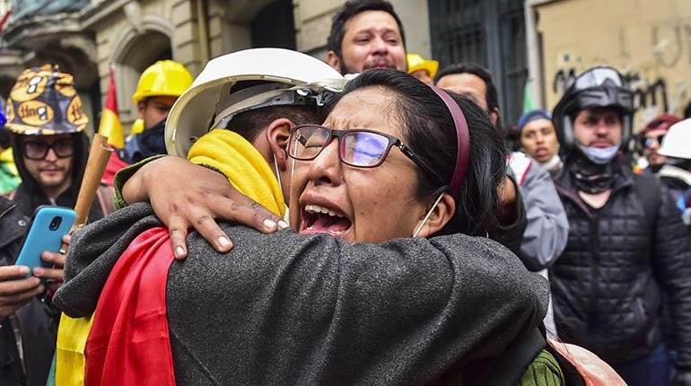 There was no COUP in #Bolivia read the FACTS!. The people had enough of the #dictatorship #NarcoGobierno of Evo Morales Civilians gained their democracy back after third fraudulent elections!! #BoliviaDijoNo #BoliviaLibre @evoespueblo @cnni @UN @cnn #democracy #Democracia<br>http://pic.twitter.com/Cab1XExVdG