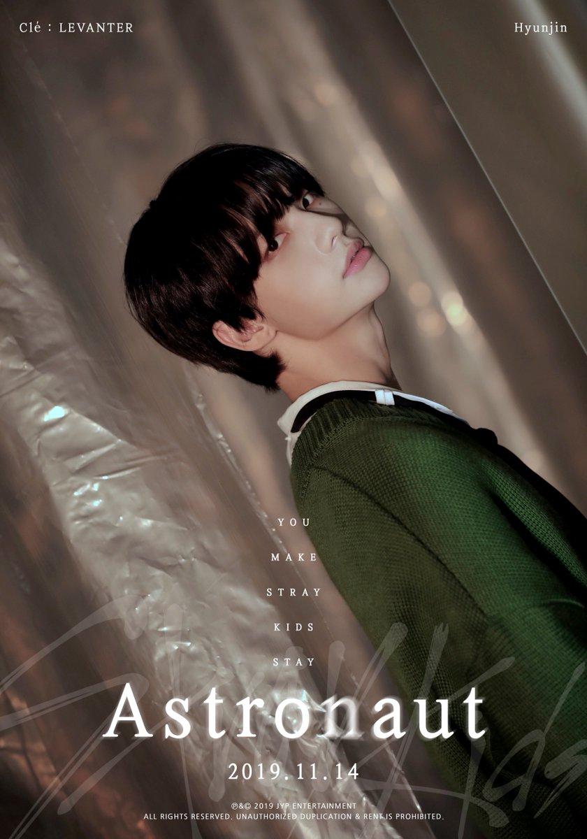 Stray Kids(스트레이 키즈) Astronaut TEASER IMAGE #현진 #Hyunjin 2019.11.14 THU #StrayKids #스트레이키즈 #Clé_LEVANTER #Astronaut #YouMakeStrayKidsStay