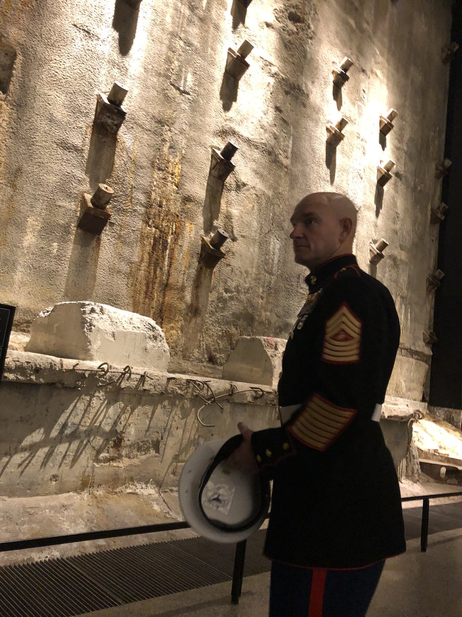 Taking time during the many #VeteransDayParade events, @USMCSgtMaj pays his respects to the civilians, veterans, and first responders honored within the @Sept11Memorial & Museum. Thank you museum staff for your dedication to preserving their memory. Semper Fidelis.