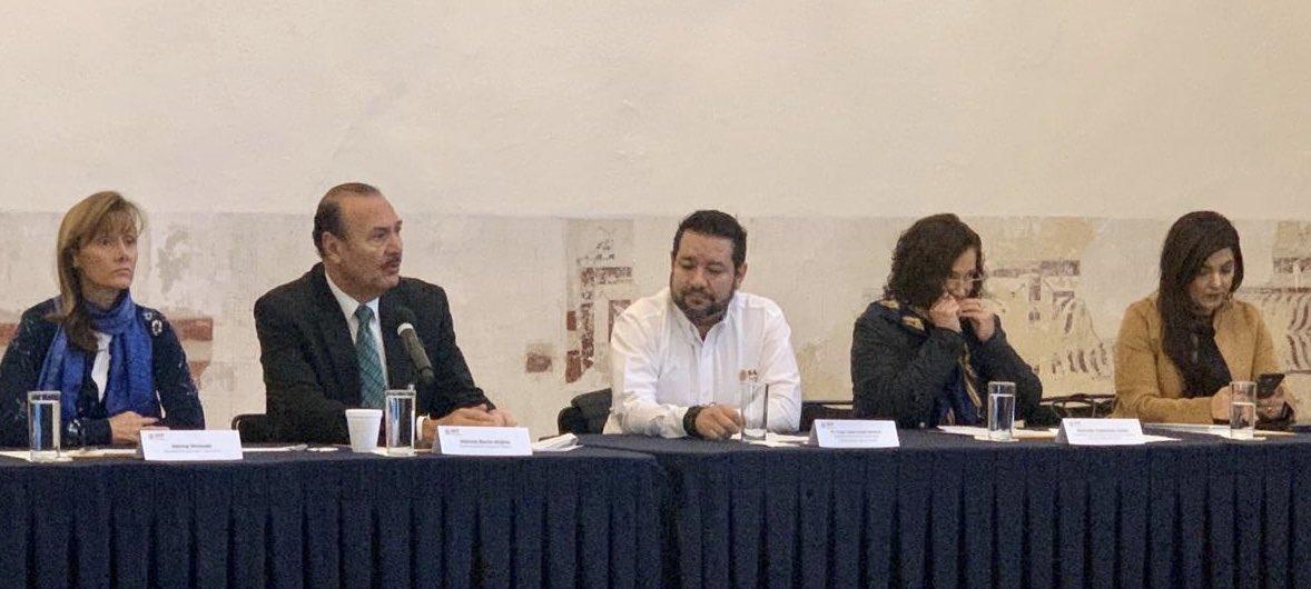 """La @SEP_mx, la @SEGOB y la @SSalud_mx se vinculan para transformar las escuelas en espacios educativos libres de riesgos para niñas, niños y adolescentes , con el programa """"Escuelas Saludables y Activas"""""""