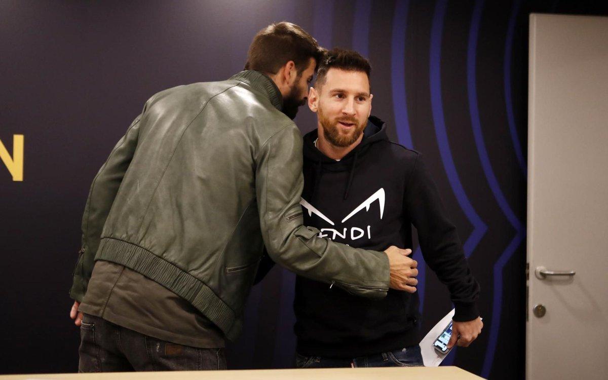 Imaginez ce que dit @3gerardpique à #Messi avant #BarçaCelta (4-1) 🔥  🔵🔴 #ForçaBarça