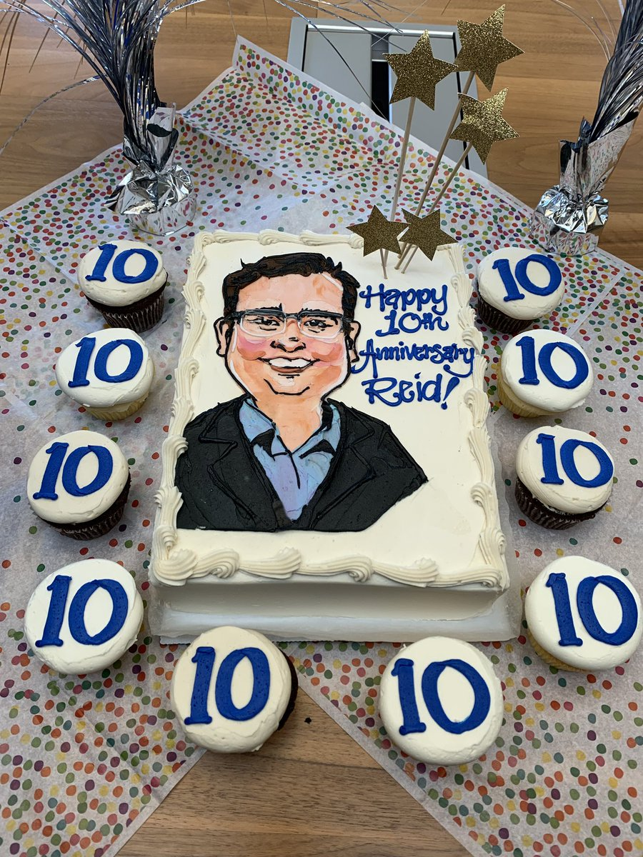 Celebrating @reidhoffman's 10 year anniversary at @GreylockVC. Thank you for your partnership and for your dedication to helping entrepreneurs start and scale their companies.
