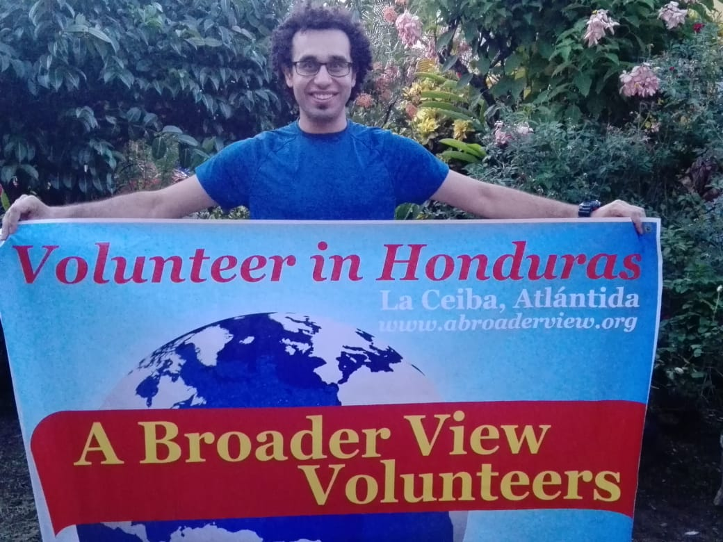 Volunteer Matthew Moussa in Honduras 🇭🇳 La Ceiba Dental Program. I am passionate about helping the community and the less fortunate.https://www.abroaderview.org/volunteers/honduras…#humanitarian #volunteers #ngo #nonprofit #dogood #charities #volunteering #honduras #abroaderview