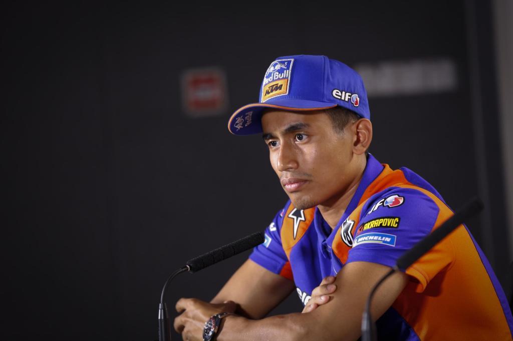 MOTOR | #ValenciaGP  #MotoGP  Syahrin: Será mi última carrera con KTM y en MotoGP, por @analopezvera20   https://www.timejust.es/motor/syahrin-sera-mi-ultima-carrera-con-ktm-y-en-motogp/  …