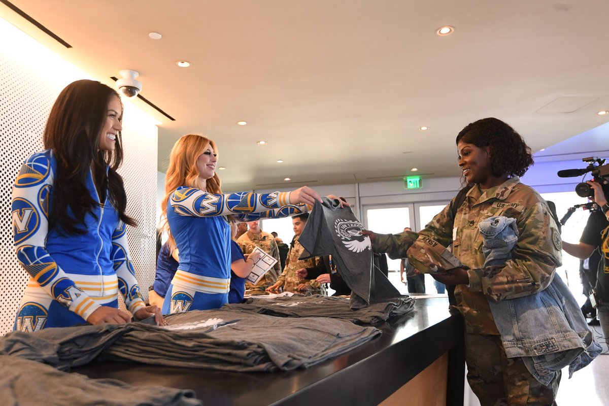 Warriors Dance Team On Twitter Happy Veterans Day Dubnation In Honor Of Hoops For Troops Week Maddie Helen Joined Forces With Warriors Volunteers To Help Put Together Packages For Veterans In
