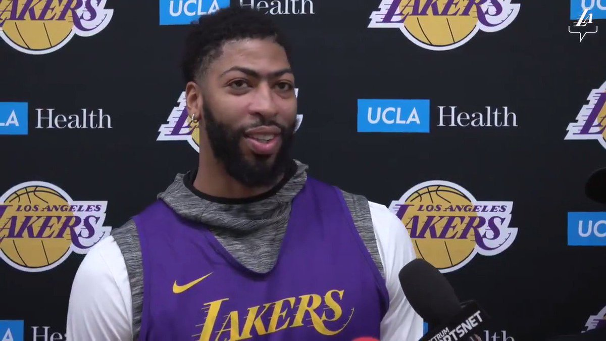 "🎥 AD says he's been ""doing treatment"" on his right shoulder, but expresses, ""I don't think about it when I'm playing."""