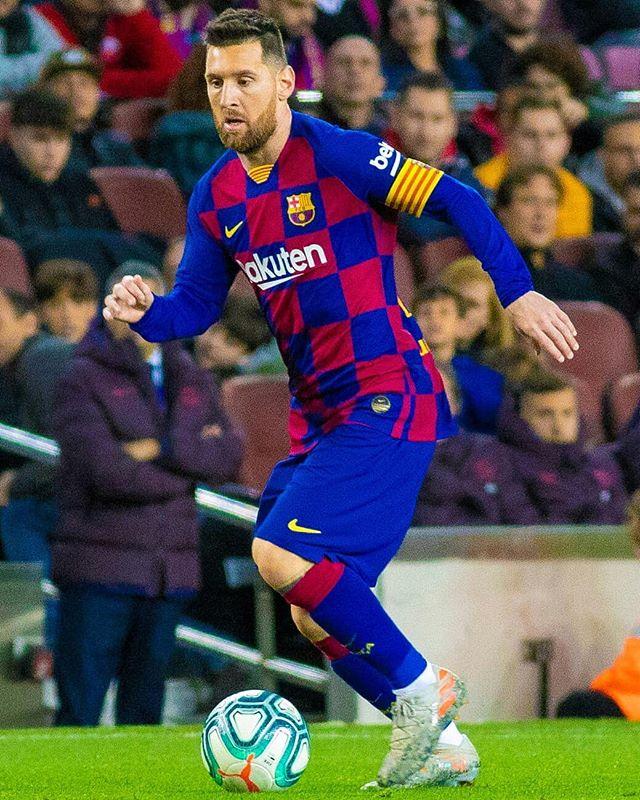 Messi during the game #BarçaCelta . #Messi #ForçaBarça🔵🔴