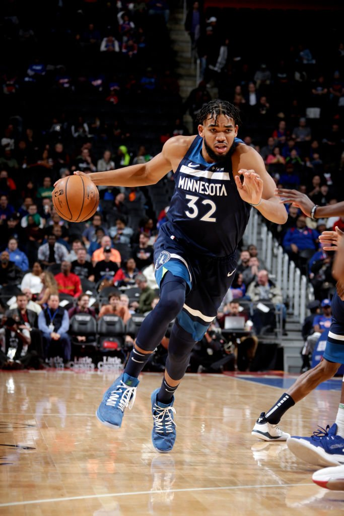 Karl-Anthony Towns and Andrew Wiggins are the first pair of @Timberwolves to record at least 25 points, five rebounds and five assists in the same game since Kevin Garnett and Ricky Davis on March 18, 2007. @EliasSports