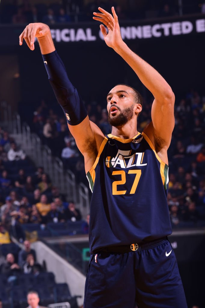 Rudy Gobert went 11-for-12 from the floor for the @utahjazz in their win over the Warriors on Monday. Gobert's field-goal percentage (91.7%) is the highest for a Jazz player with at least 10 FGA in a game since Karl Malone shot 12-for-12 on Feb. 3, 2001.