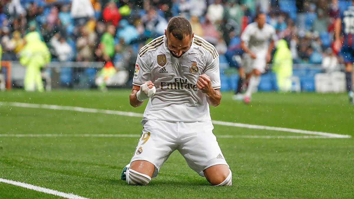 @Benzema is the top scorer in LaLiga this season with 9 goals!  #RMLiga |  #HalaMadrid