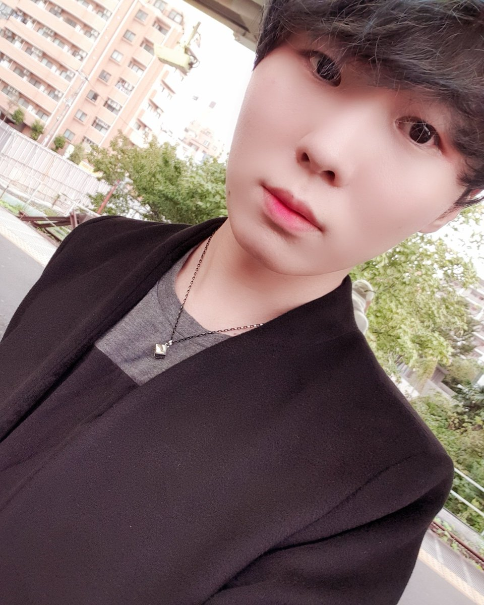 秋冬服🤔  #イケメン #한국 #럽스타그램 #좋아요 #kpop#新大久保#LeN #selca #selfie #korean #dailylook #instadaily #instagram #instafashion #fashion #l4l #suga #ユンギ #picoftheday #like4likes #gucci #ウジ #seventeen #bts #데일리룩 #멋스타그램 #superjunior #メンズアイドル