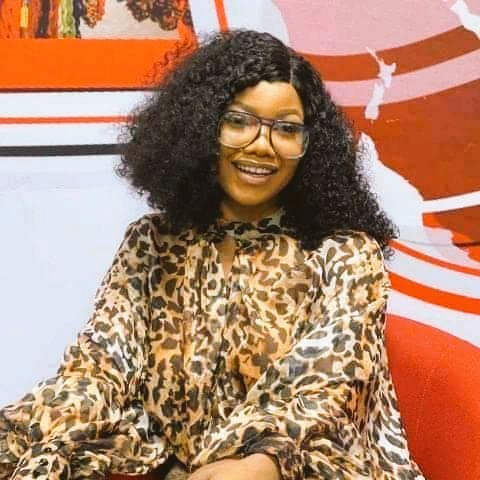 Trending everyday with different hashtag is not an easy thing #TachaPoolParty #Tachaoncesaid #TachaHomecoming #EverythingTacha #PowerTacha now it is #VerifiedTacha abeg God's anointing don cover you @Symply_Tacha