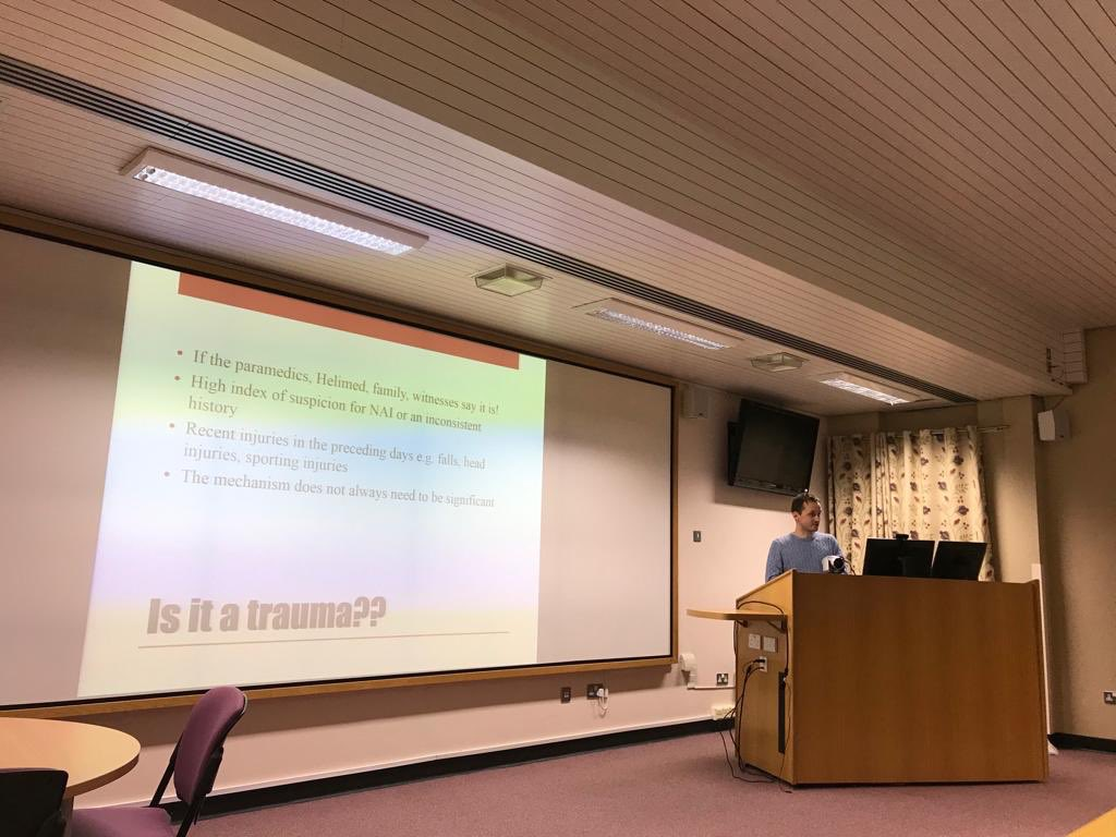 Our last outreach of the year at Glan Clwyd Hospital. Dr Tomasz is discussing the trauma referral pathway #nwtsoutreach19<br>http://pic.twitter.com/go4bdOyFOl