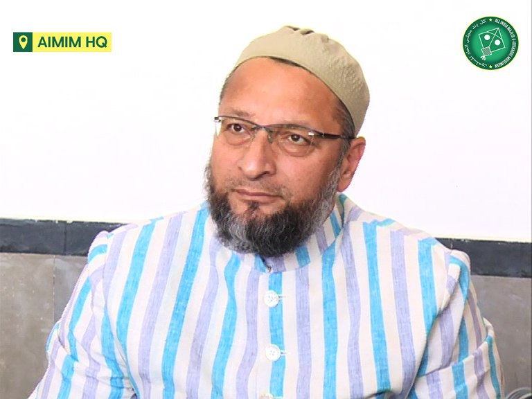 I reiterate our stand. AIMIM will neither support a BJP-led government nor an alliance of Shiv Sena-Congress. - @asadowaisi #MaharashtraPolitics
