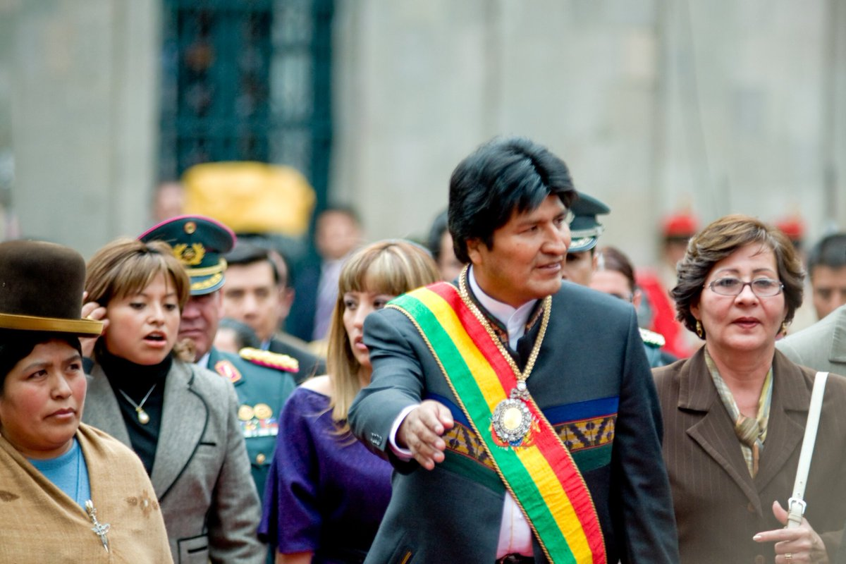 Various organizations of the Evangelical church have called their members to practice days of prayer and fasting for peace in #Bolivia    https:// religionunplugged.com/news/2019/11/1 1/after-14-years-in-leadership-evo-morales-resigns-as-president-of-bolivia-amid-violent-protests-driven-by-both-politics-and-religion  …   #BoliviaCoup #BoliviaRevolution #BoliviaProtests <br>http://pic.twitter.com/Jc8DQeVKFg