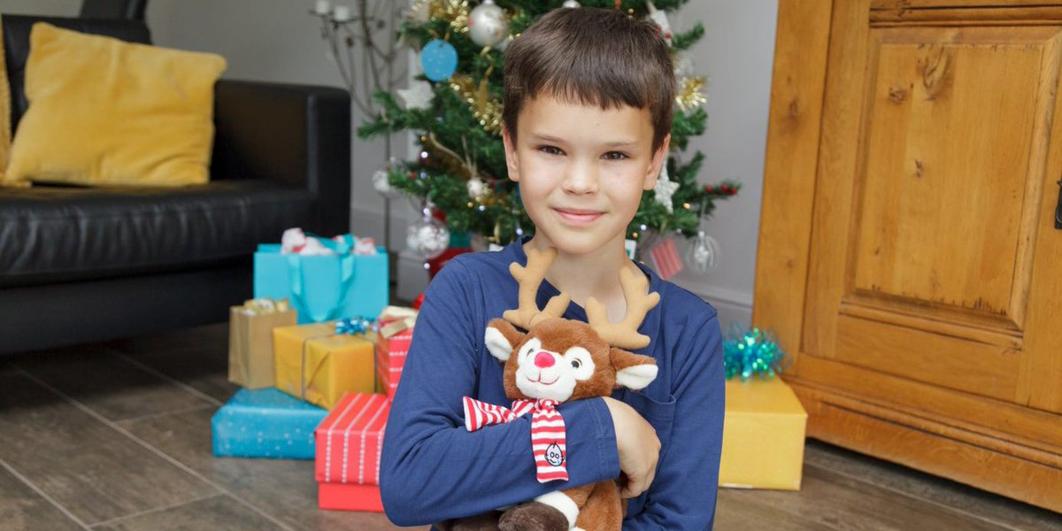 Christmas is a time for loved ones to spend together. For children at @GreatOrmondSt who are too ill to go home at Christmas, that time is especially precious. Donate and give a message of support to children and families at GOSH this Christmas: bit.ly/2pW9Ytt #GOSHXmas