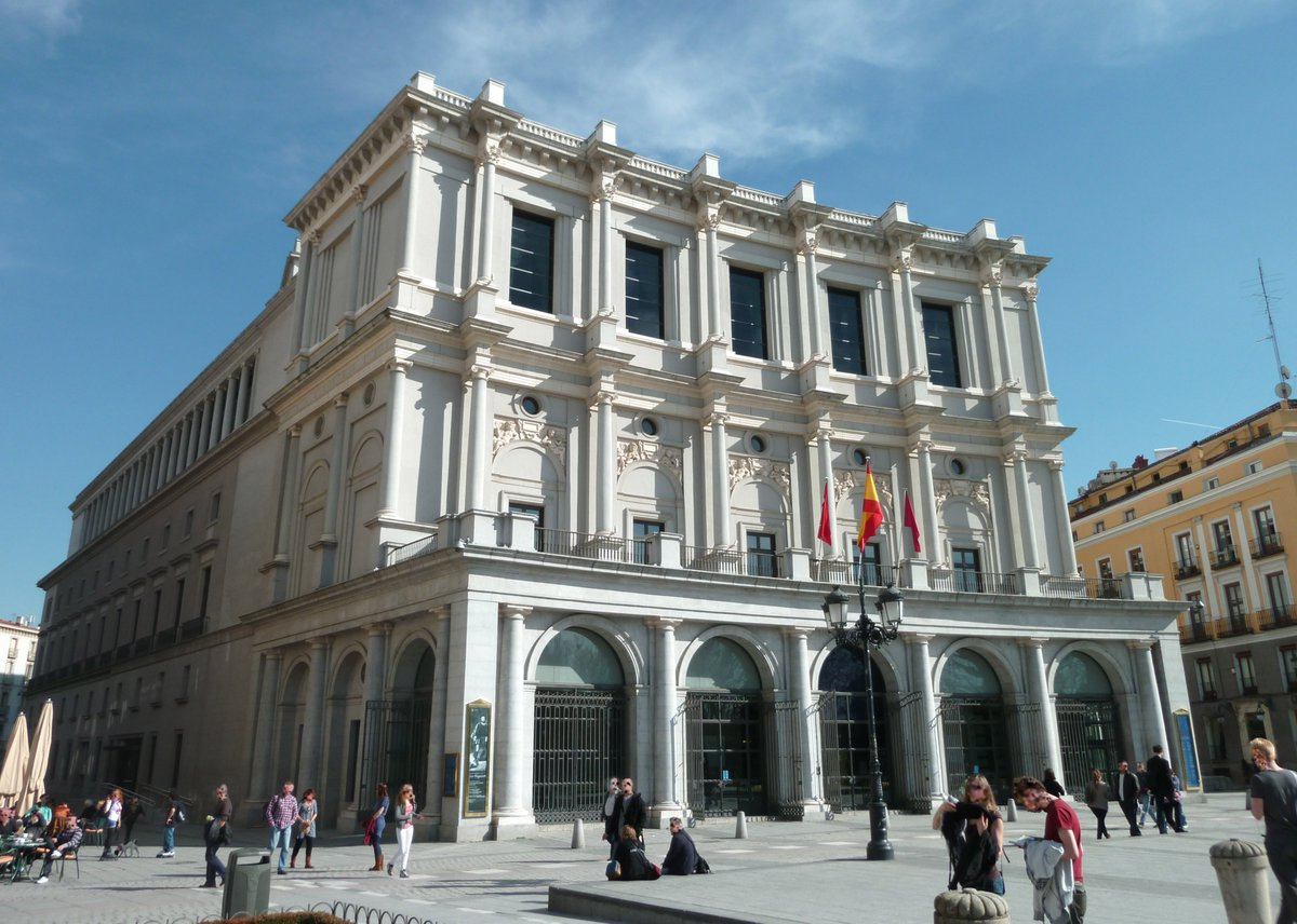 Who else is an #operafan?🖐️🎼🎭@Teatro_Real, @TheDallasOpera and @MeadowsMuseum have signed an agreement of cultural and artistic dissemination. The first initiative will be the exhibition 'Alonso Berruguete: El primer escultor del Renacimiento español'.📸#TeatroReal, Madrid.