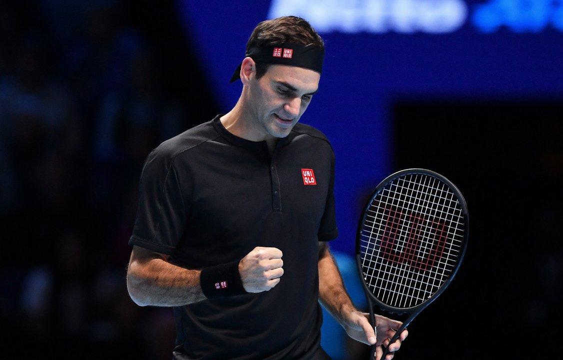 ATP Finals. Федерер побеждает Берреттини в двух партиях