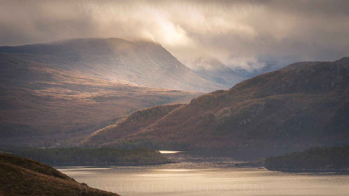 RT @DamianShields1: Glen Grudie and Loch Maree, Wester Ross https://t.co/ERVTYHFraV #WesterRoss #Scotland https://t.co/2SJSi36Ocr