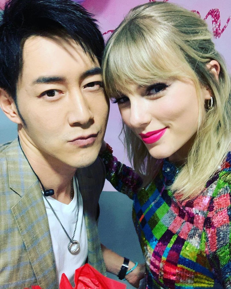 Taylor Swift News On Twitter Ig Andyflyingchen Thank You Taylor For Such A Sweet And Thoughtful Present It Was Great Working With You In Guangzhou And I Hope To See
