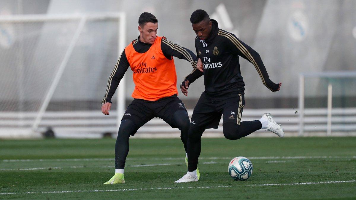 ⚽💪 ¡Entrenamiento con el Castilla para comenzar la semana! #RMCity | @lafabricacrm