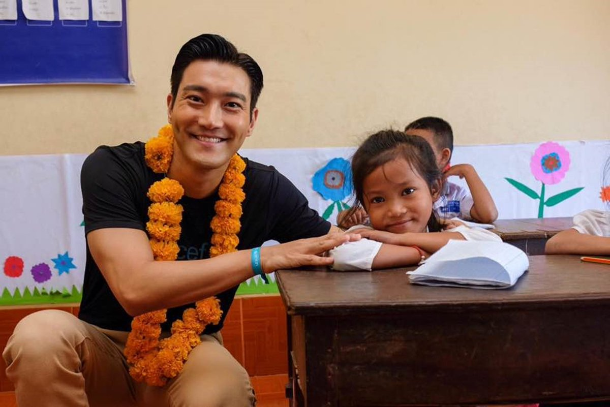 #CHOISIWON started activities as the first Korean Regional Ambassador of #UNICEF East Asia Pacific to promote child rights! From attending panel discussions to visiting local facilities, Local media highlighted CHOI SIWON's move for the promotion of child rights!