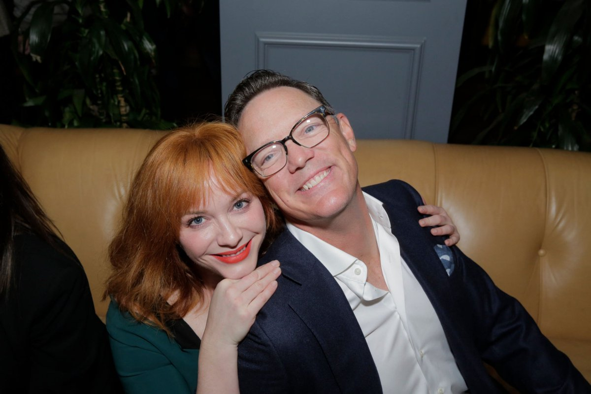 can't stand Deansie but Matthew Lillard and Christina Hendricks are absolutely 🥺🥺 #GoodGirls