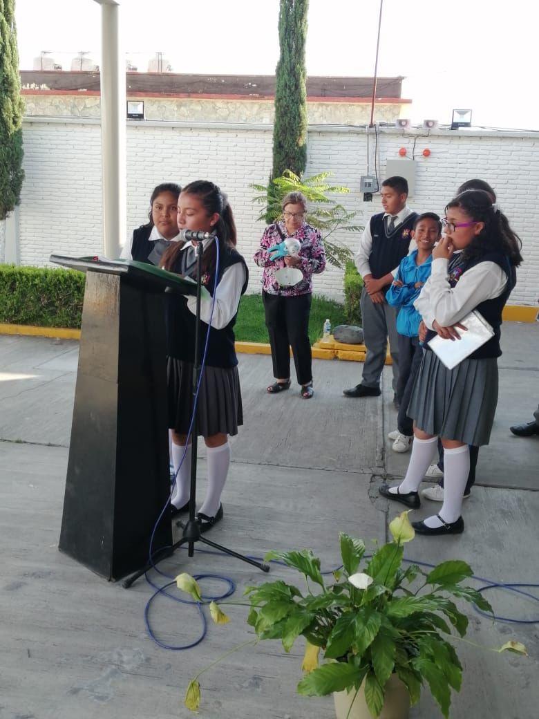"""En nuestros homenajes de la semana enfatizamos el valor de la """" DISCIPLINA"""", la cual beneficia a toda persona en su autoestima y forja su grado de responsabilidad.   #ESMO #InteligenciaFuerzaVoluntad #Atlixco #Puebla  #NuevaEscuelaMexicana #EducaciónBásica #AccionesPorLaEducación"""