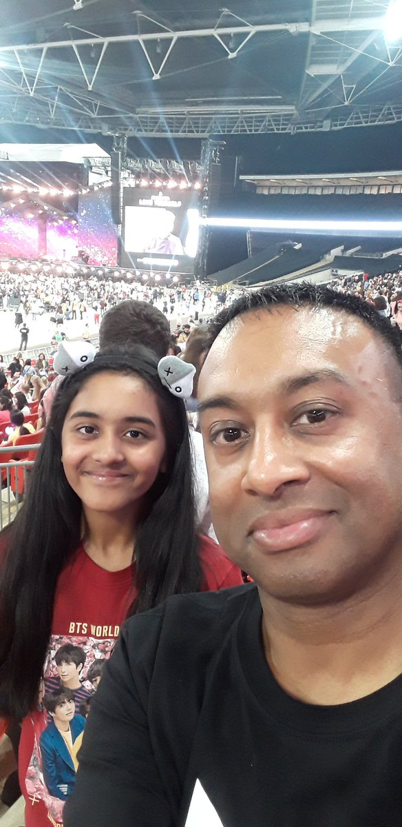 Watching @BTS_twt perform at iconic Wembley stadium this year with my daughter will always be such a special memory for me. It was just an awesome show. The best I've ever seen.  #MemoriesWithBTS <br>http://pic.twitter.com/OSdidpioNd