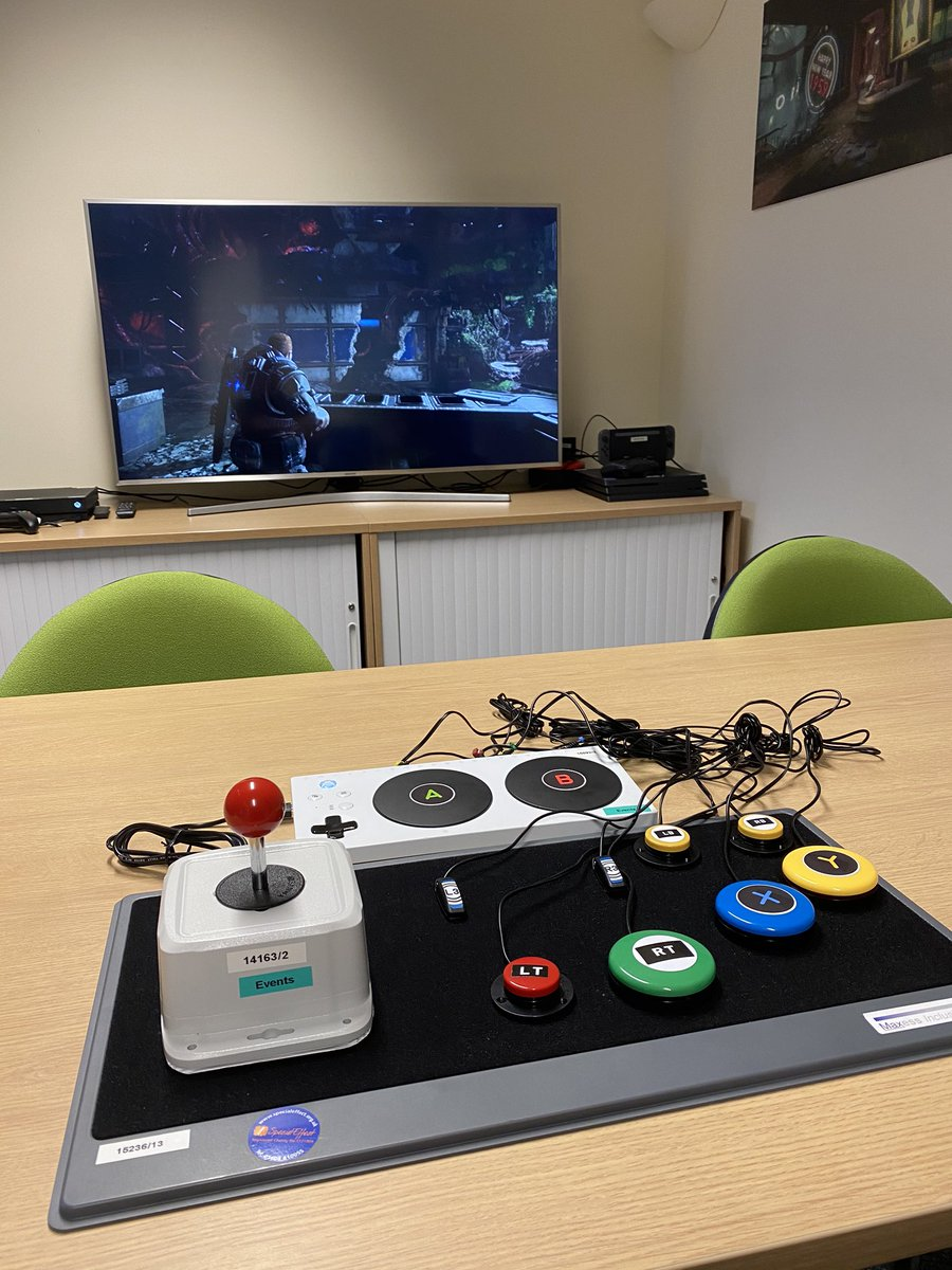 Inspirational day with Dr @MickDonegan  & his team from @SpecialEffect . They custom design solutions for gamers with disabilities using @Xbox  Adaptive Controller with switches to mounting controllers with less tension on sticks/triggers to Eye Tracking. #WhenEveryonePlaysWeAllWin