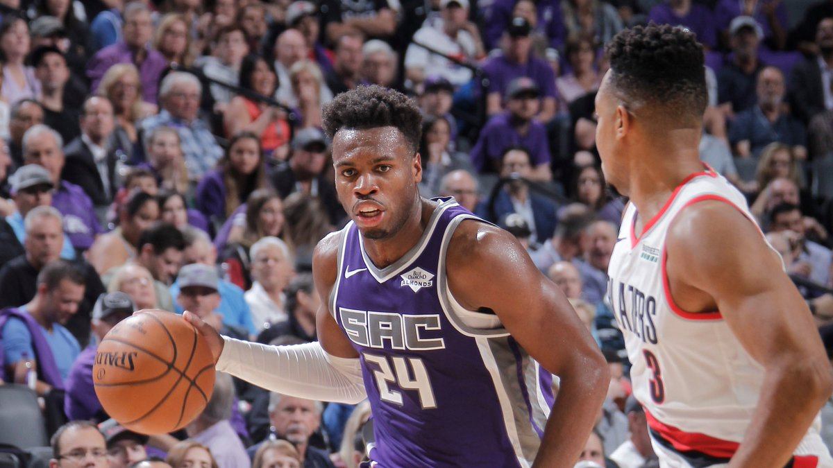 Buddy Hield is shooting over 40% from three for the third straight season so far. He is second on the @SacramentoKings in scoring, averaging 18.1 PPG! #SacramentoProud  7pm/et: @cavs / @sixers 10pm/et: @trailblazers / @SacramentoKings  📺: @NBATV   ➡️ https://stats.nba.com/articles/tune-in-tidbits-nba-tv-tuesday-nov-12-2019/ …