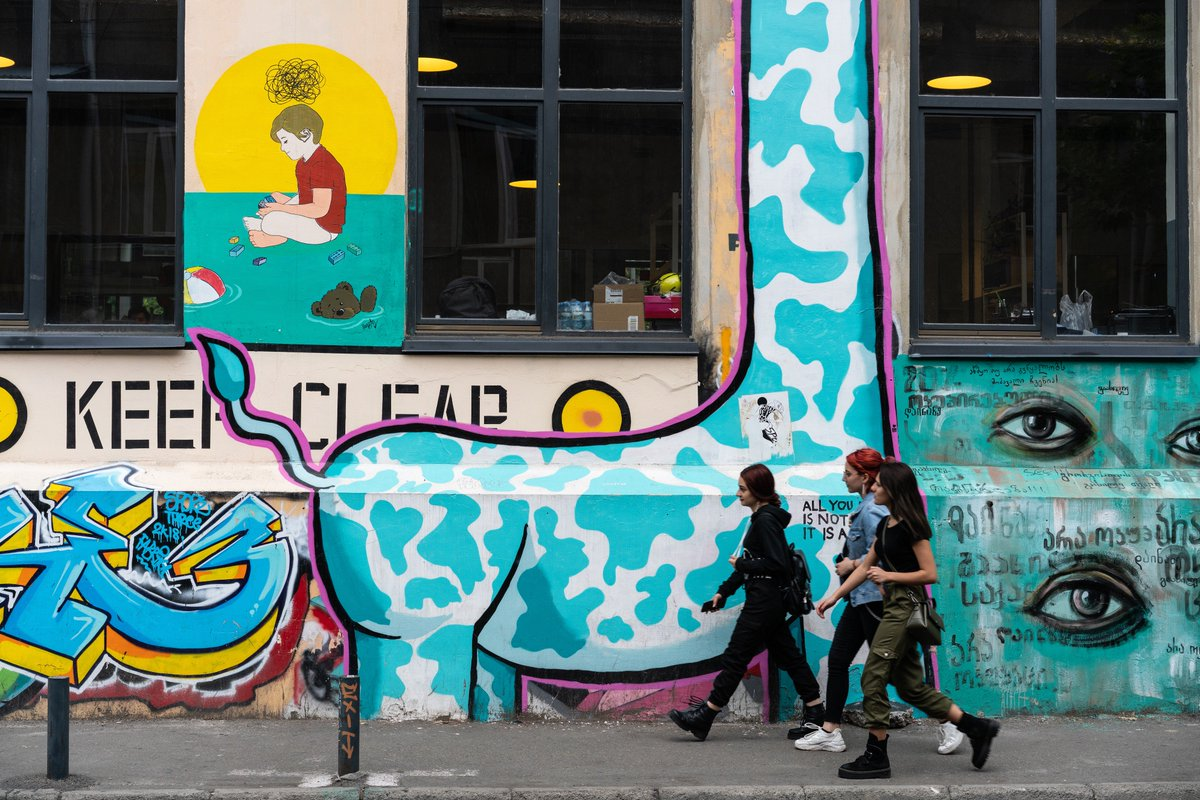 We're starting to learn what freedom is. 3 decades after the fall of the #BerlinWall, young people reflect on what it means to grow up in a time of transition. @UNDPEurasia shares their stories. bit.ly/2pbjJTZ #BerlinWall30
