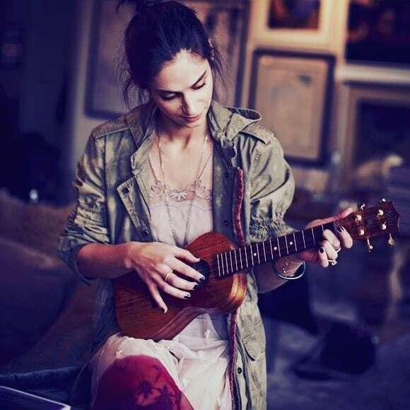 #ukulele lessons for adults and kids.  November and December classes starting. Contact  @stradivari_strings to arrange  . . #ukulelelesson #ukuleleteacher #ukulelelessons #guitarlessons #acousticguitarlessons #violinlessons #cellolessons #saxopho…  https:// ift.tt/2CERKPM    <br>http://pic.twitter.com/OrBPOi2Bsb